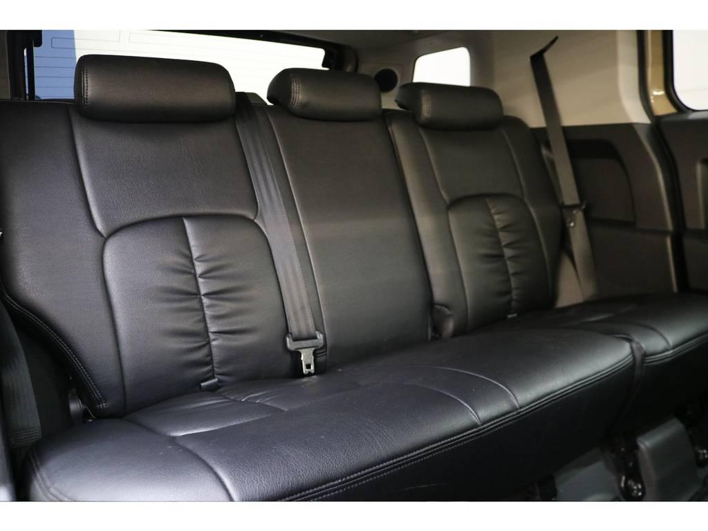 後部座席になります☆ | トヨタ FJクルーザー 4.0 カラーパッケージ 4WD トレイル仕様