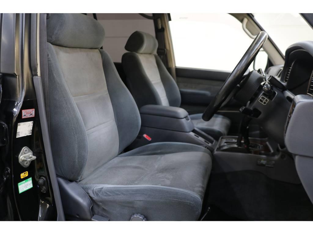 運転席/助手席ともに年式・距離に比べ良好です♪ | トヨタ ランドクルーザー80 4.2 VXリミテッド ディーゼルターボ 4WD