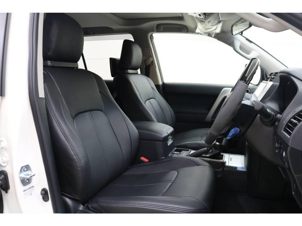 ブラックレザーシートカバー装着済みです♪ | トヨタ ランドクルーザープラド 2.8 TX ディーゼルターボ 4WD 7人 試乗車