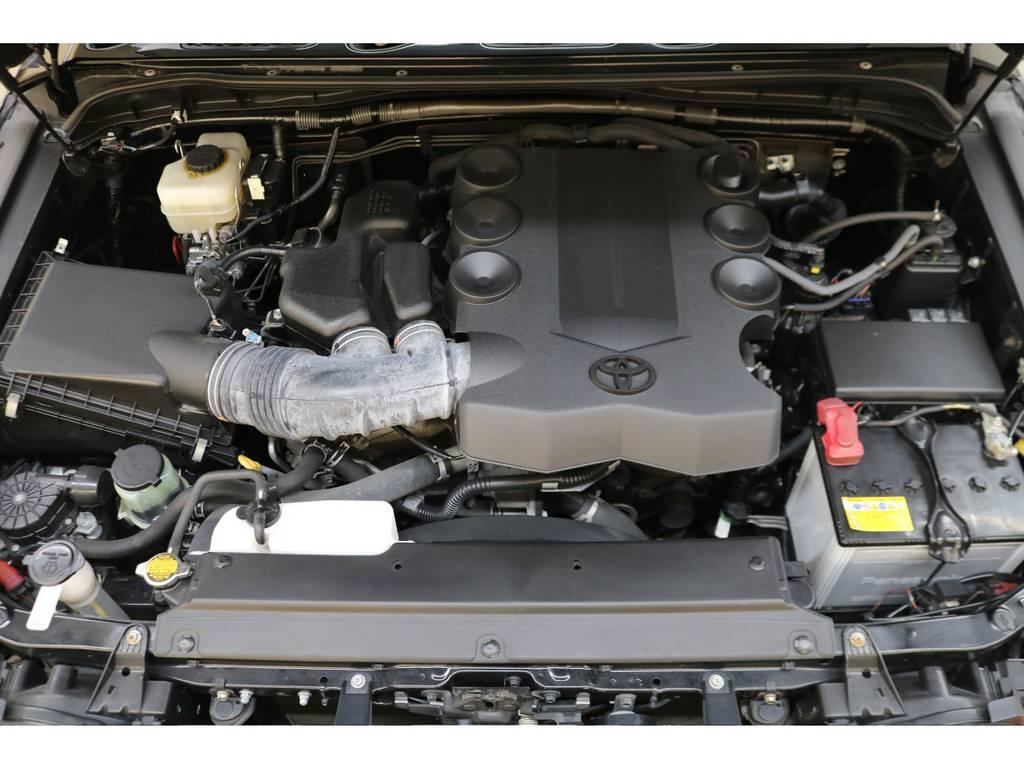 エンジンルームになります☆ | トヨタ FJクルーザー 4.0 ブラックカラーパッケージ 4WD