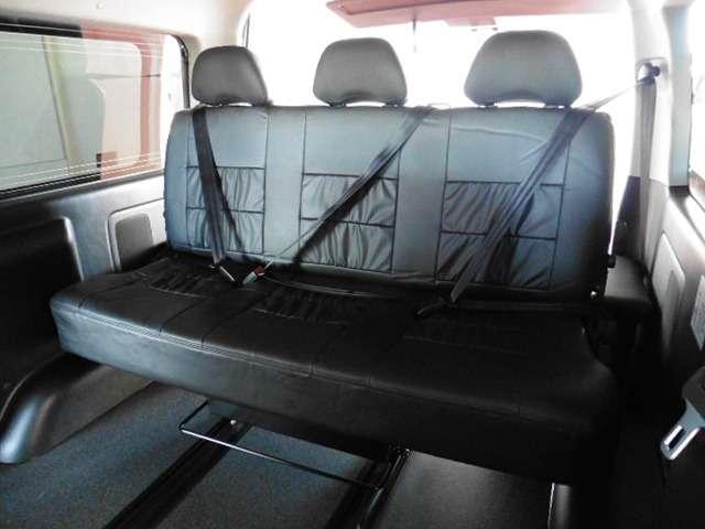 1450mmの3人掛けシート!! | トヨタ ハイエースバン 2.7 スーパーGL ワイド ロング ミドルルーフ 10人乗り