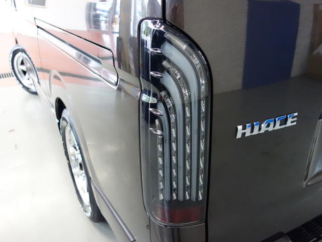 オリジナル煌きLEDテールライト装備!! | トヨタ ハイエースバン 2.0 スーパーGL 50TH アニバーサリー リミテッド ロングボディ