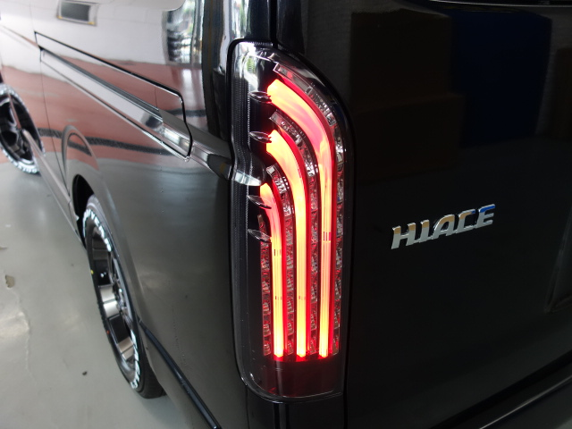 新車ワゴンGL4WDファミリーに人気のR1シートアレンジツインナビパッケージ入庫致しました!! | トヨタ ハイエース 2.7 GL ロング ミドルルーフ 4WD
