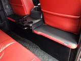 27年式ダークプライム2000ガソリン外装、内装カスタム車両入庫致しました!!