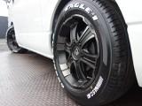 27年式ハイエースVS-GL2000ガソリン2WDセカンドスライドレール跳ね上げベットKIT装備、社外パーツ多数装備!!