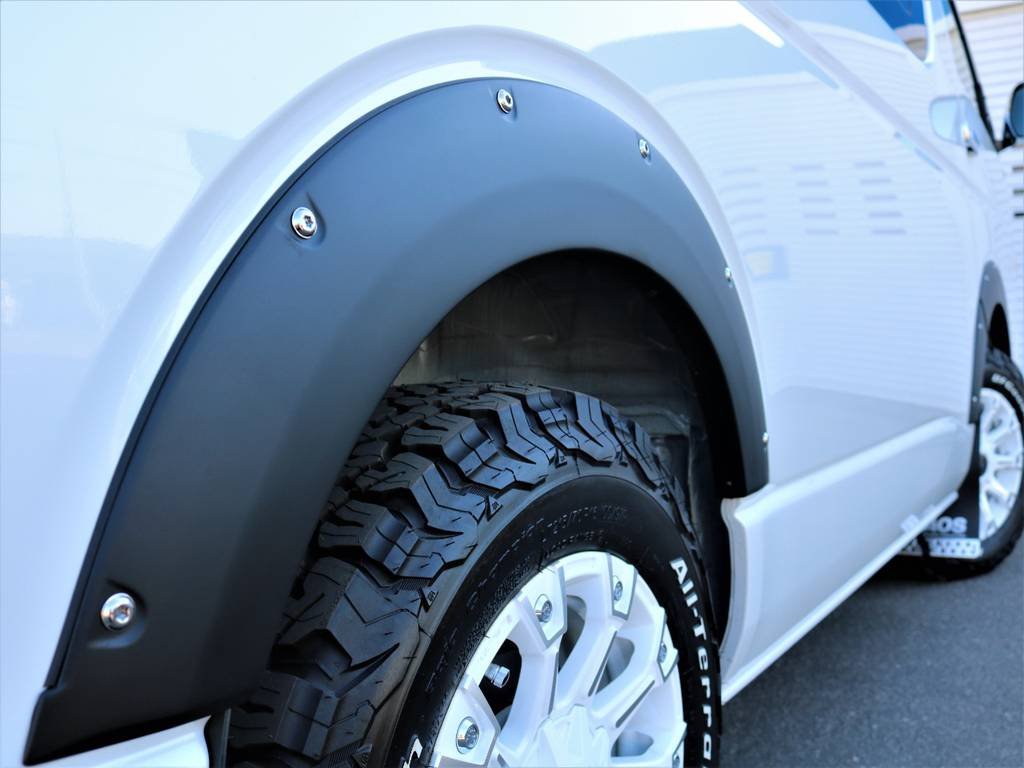 JAOS オーバーフェンダー!   トヨタ ハイエース 2.7 GL ロング ミドルルーフ 4WD Wild STYLE WAGON