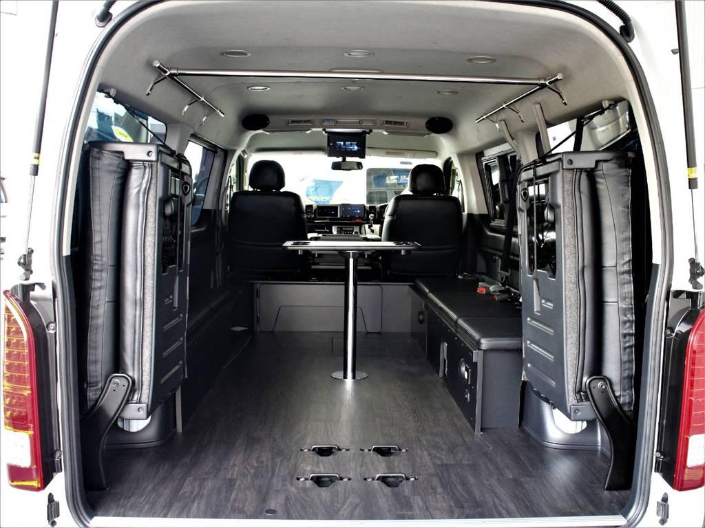 後席跳ね上げ・ベッドキット取り外し可能ですのでラゲッジスペースとしてもご使用頂けます♪ | トヨタ ハイエース 2.7 GL ロング ミドルルーフ