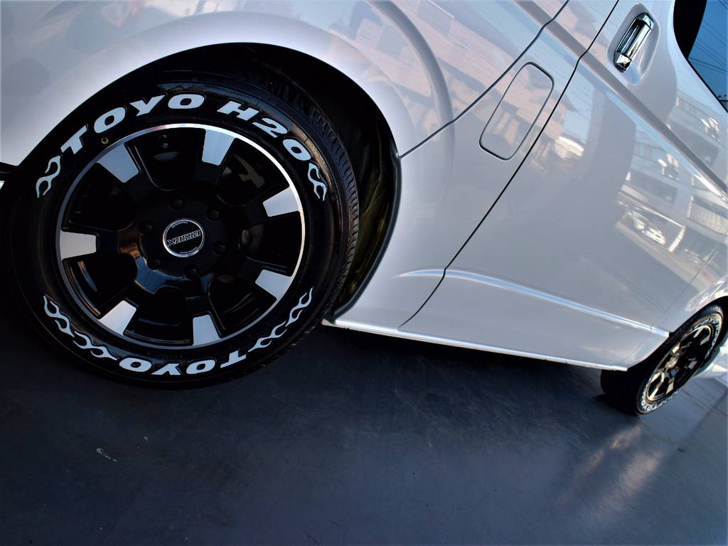 エセックス16インチアルミホイール! TOYO H20タイヤ!   トヨタ レジアスエース 3.0 スーパーGL ロングボディ ディーゼルターボ 3型ディーゼルターボ2WD
