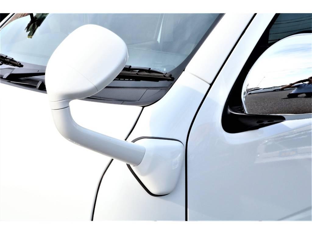 ガッツミラーもボディと同色にペイント加工済みです! | トヨタ ハイエース 2.7 GL ロング ミドルルーフ 新型 TSS 試乗車