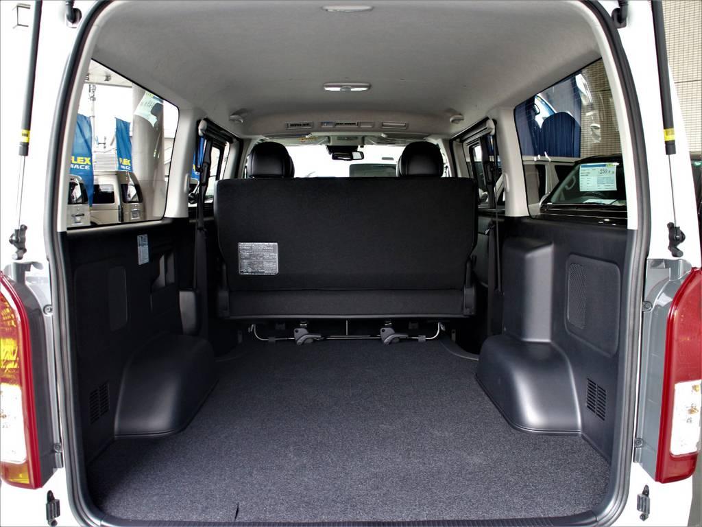 大きな荷物も楽々積めちゃいます! | トヨタ ハイエースバン 2.8 スーパーGL ダークプライム ロングボディ ディーゼルターボ 4WD