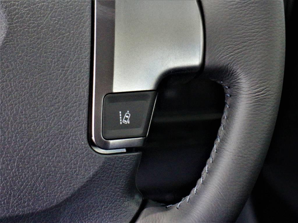 車線はみ出しアラート(レーンディパーチャーアラート)! | トヨタ ハイエースバン 2.8 スーパーGL ダークプライム ロングボディ ディーゼルターボ 4WD