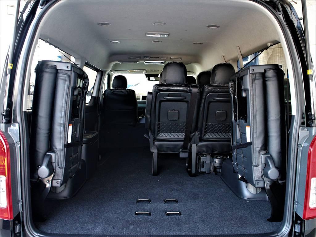 後席跳ね上げ可能ですので、ラゲッジスペースとしてもご使用頂けます! | トヨタ ハイエース 2.7 GL ロング ミドルルーフ