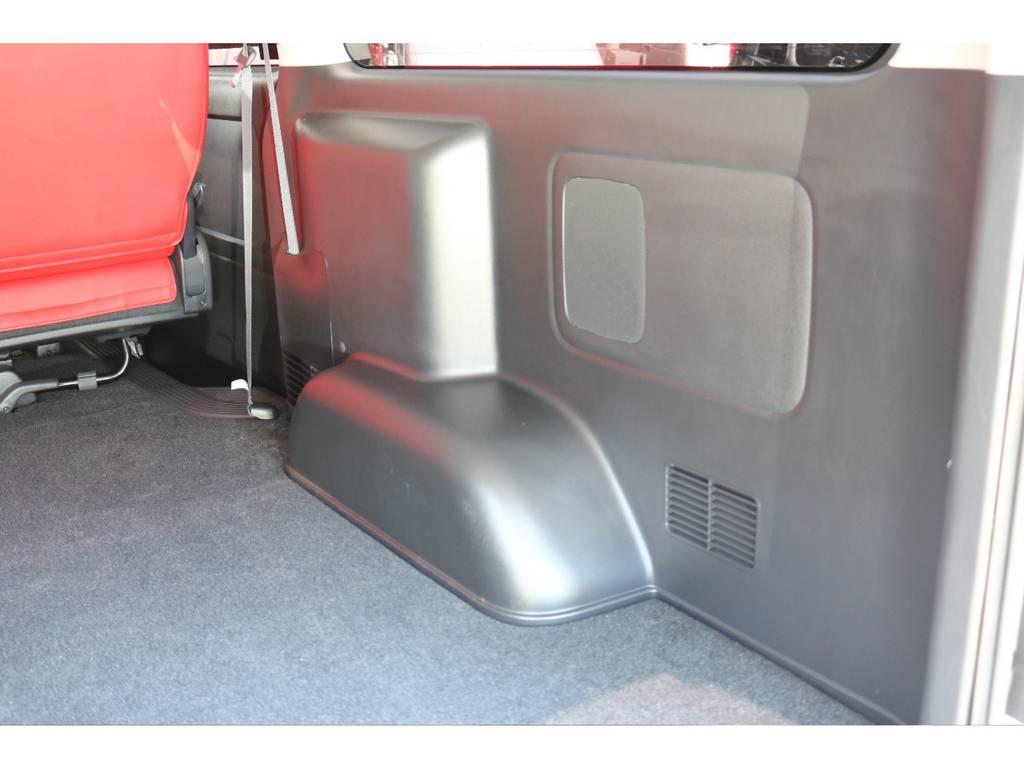 ラゲッジルーム内張り! | トヨタ ハイエースバン 2.0 スーパーGL ダークプライム ロングボディ 4型6速AT車