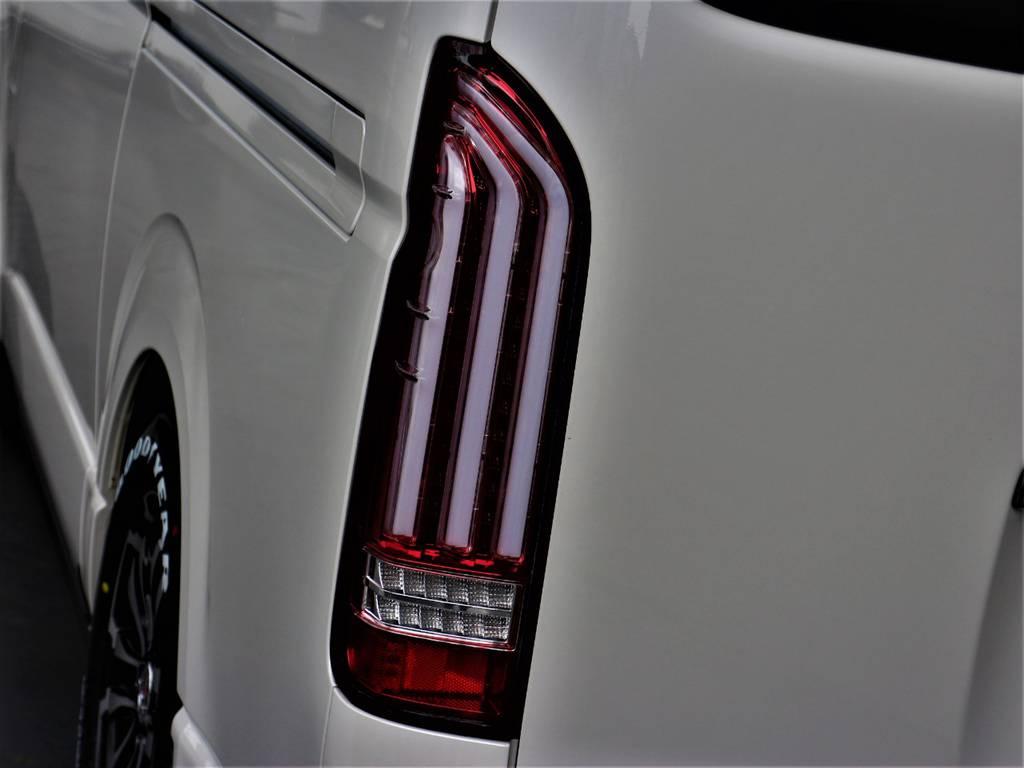 ヴァレンティLED REVOテールランプ! | トヨタ ハイエースバン 2.0 スーパーGL ダークプライム ロングボディ 4型6速AT車