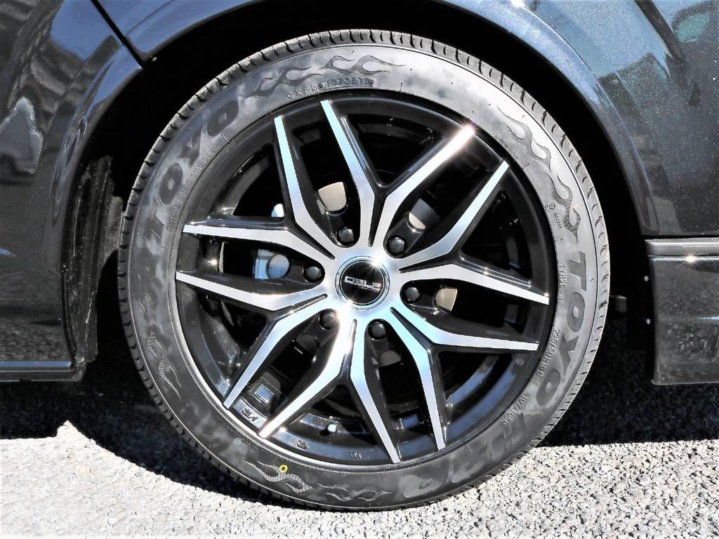 FLEXオリジナルDelf01&TOYO H20LTタイヤの組み合わせです! | トヨタ ハイエースバン 2.8 スーパーGL 50TH アニバーサリー リミテッド ロングボディ ディーゼルターボ 50th