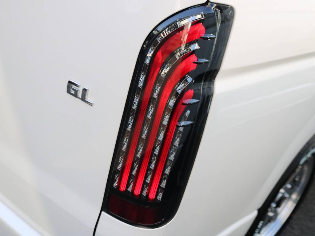 このように点灯simasu!! | トヨタ ハイエース 2.7 GL ロング ミドルルーフ TSS付 ナビパッケージ