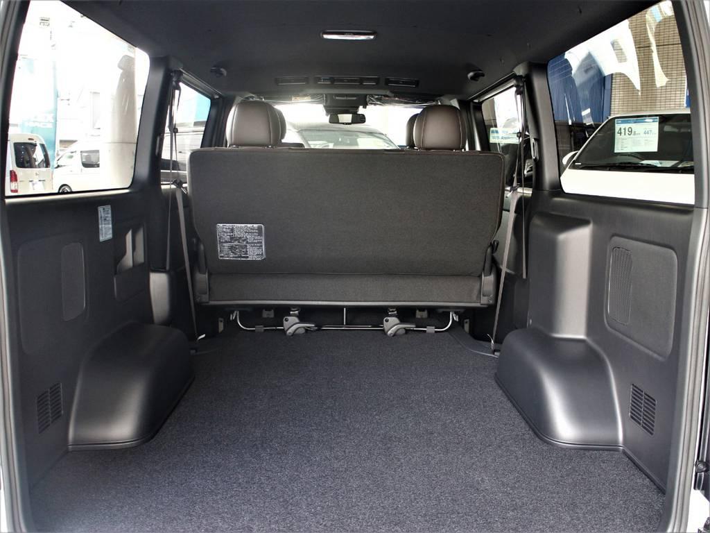 特別仕様車専用内装です! | トヨタ ハイエースバン 2.8 スーパーGL 50TH アニバーサリー リミテッド ロングボディ ディーゼルターボ 4WD