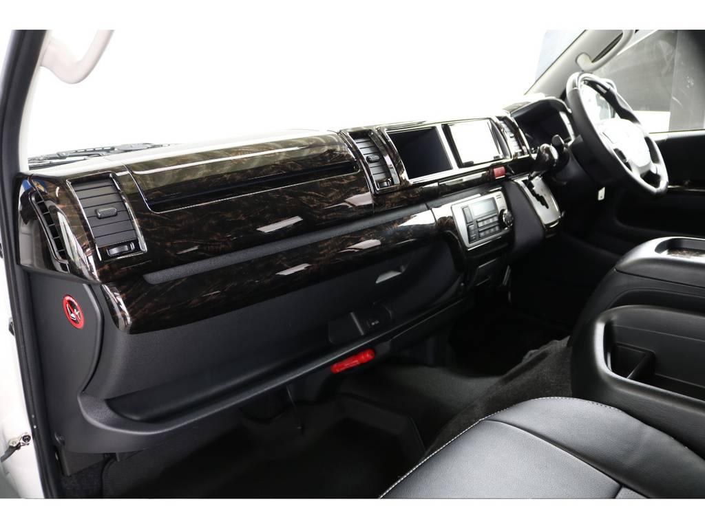 マホガニ調パネルセット付 | トヨタ ハイエースバン 2.7 スーパーGL ワイド ロング ミドルルーフ 4WD