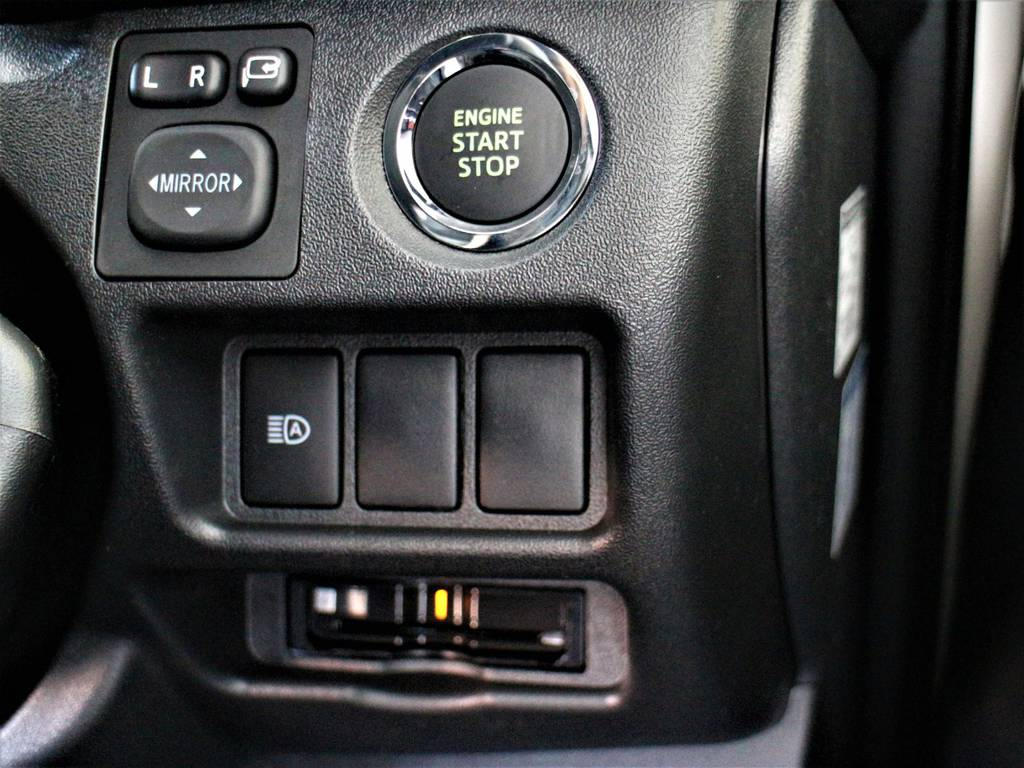 スマートキー&プッシュスタート! 自動ハイビーム(オートマチックハイビーム)! ビルトインETC2.0!   トヨタ ハイエースバン 2.8 スーパーGL ダークプライムⅡ ロングボディ ディーゼルターボ 4WD