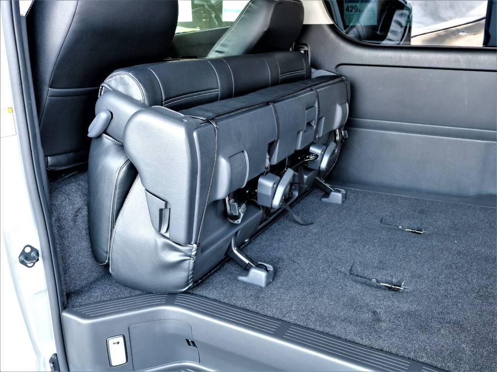 セカンドシートは折りたたみ可能です! | トヨタ ハイエースバン 2.7 スーパーGL ワイド ロング ミドルルーフ 4WD