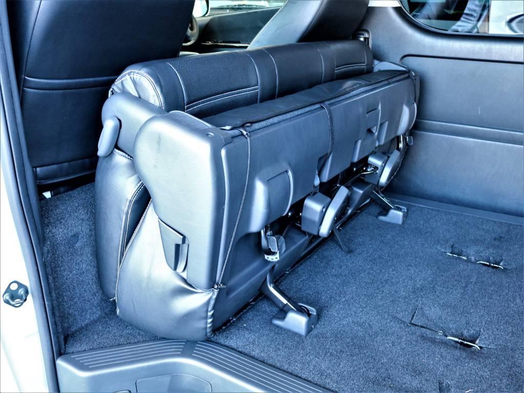 セカンドシートは折りたたみ可能です!   トヨタ ハイエースバン 2.7 スーパーGL ワイド ロング ミドルルーフ 4WD