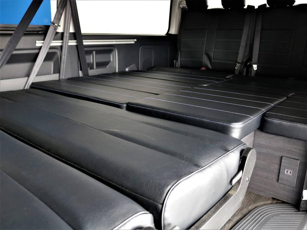 フルフラットにすれば車中泊も可能です!