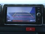 バックカメラ連動キット装着済みなので、駐車時も安心ですね!