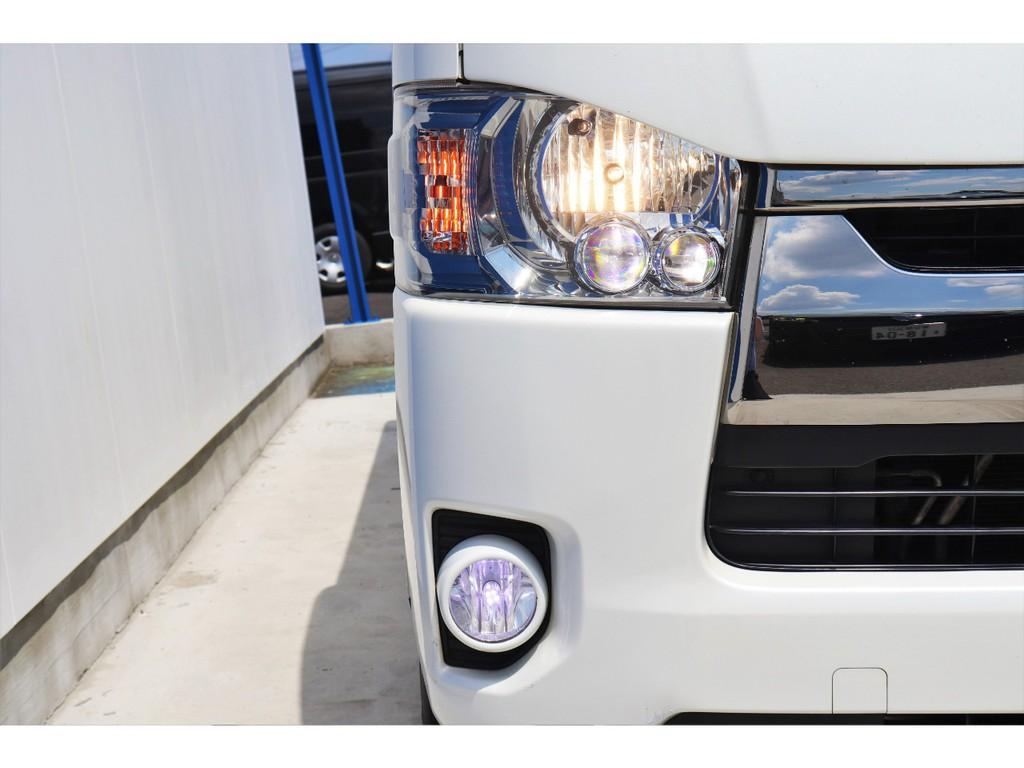 LEDヘッドライトを標準装備!フォグランプもLEDに換装!