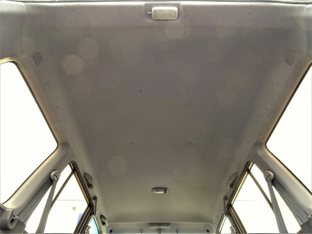 天井もヤニ跡等も無く綺麗な状態です!!