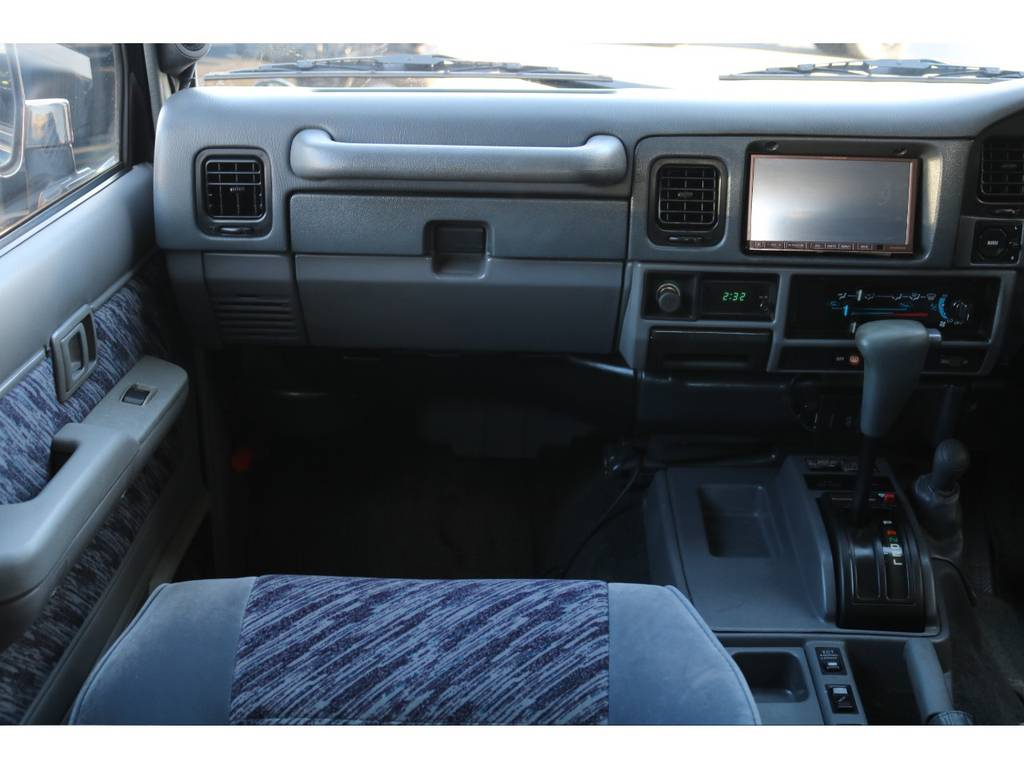   トヨタ ランドクルーザープラド 3.0 SXワイド ディーゼルターボ 4WD