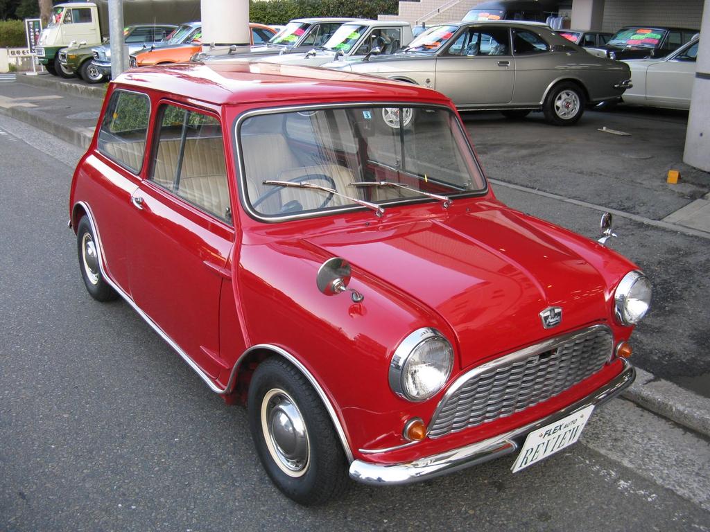 クラッシックミニを乗るならやっぱりコレでしょ!1960年製造のオースチンセブン!真っ赤なボディ◎!オールドファンの方へ是非!