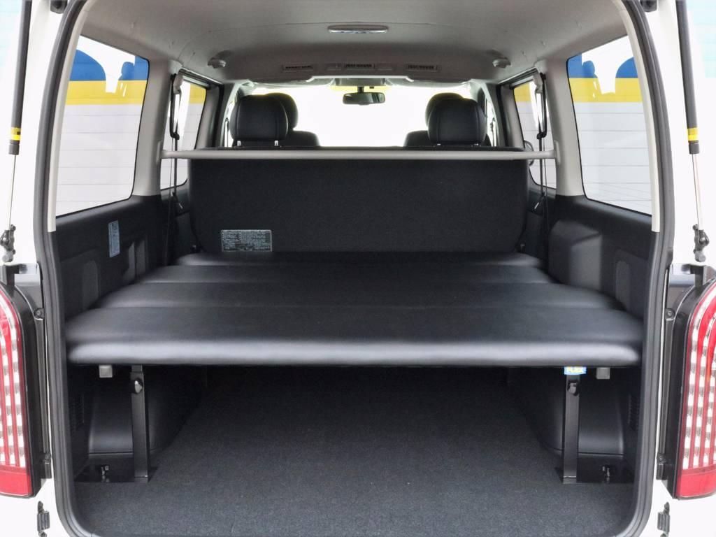 FLEXベッドキットも新品装着!!5段階の高さ調節が可能で便利です(^^♪ | トヨタ ハイエースバン 3.0 スーパーGL  ダークプライム ロングボディ ディーゼルターボ ESSEXクワトログリル 両側自動ドア