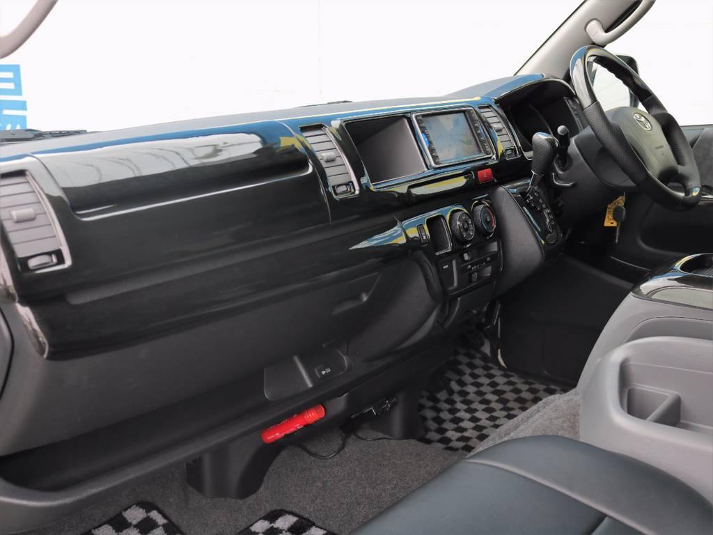 助手席エアバッグ装備!   トヨタ ハイエース 2.7 GL ロング ミドルルーフ Coast Line 自動ドア