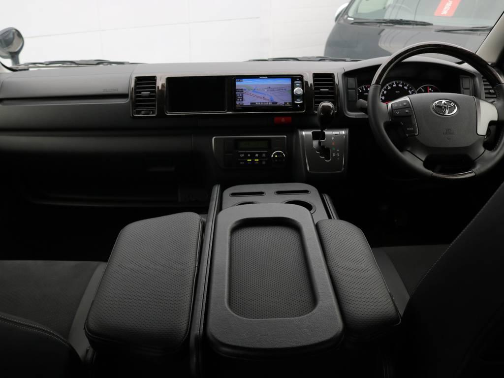 ダークプライムのガソリン4WDの低走行車両入庫しました!