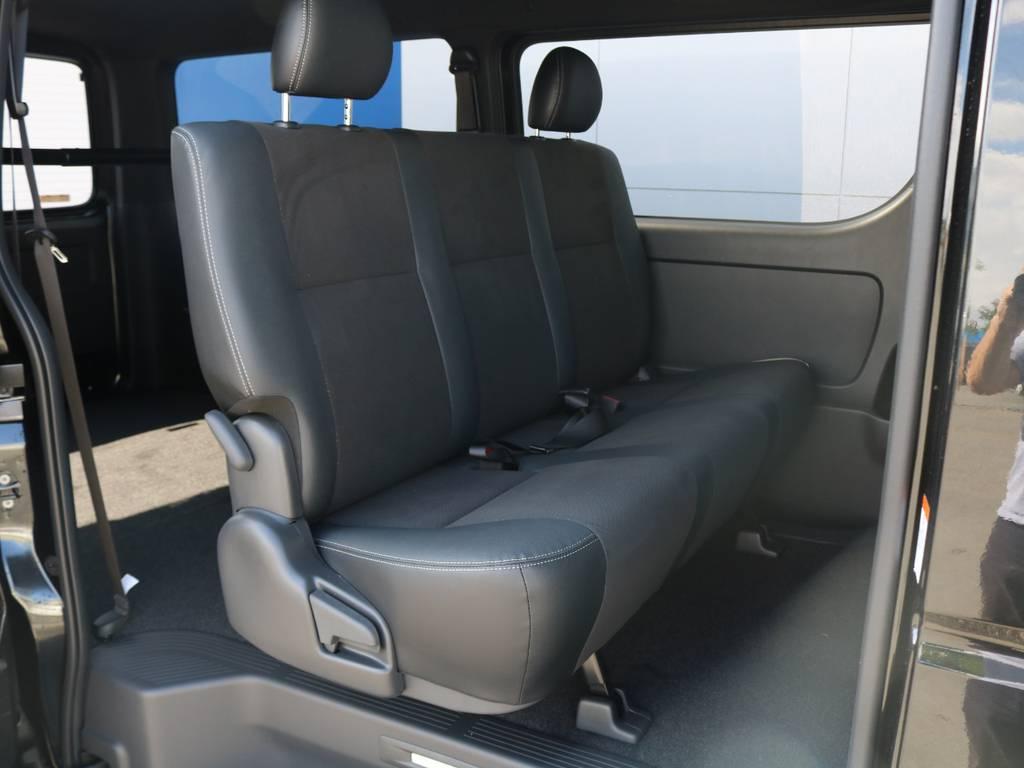 セカンドシートは可倒式でさらに荷物スペースを広げられますよ♪ | トヨタ ハイエースバン 2.0 スーパーGL ダークプライムⅡ ロングボディ FLEXカスタム フルセグナビETC20