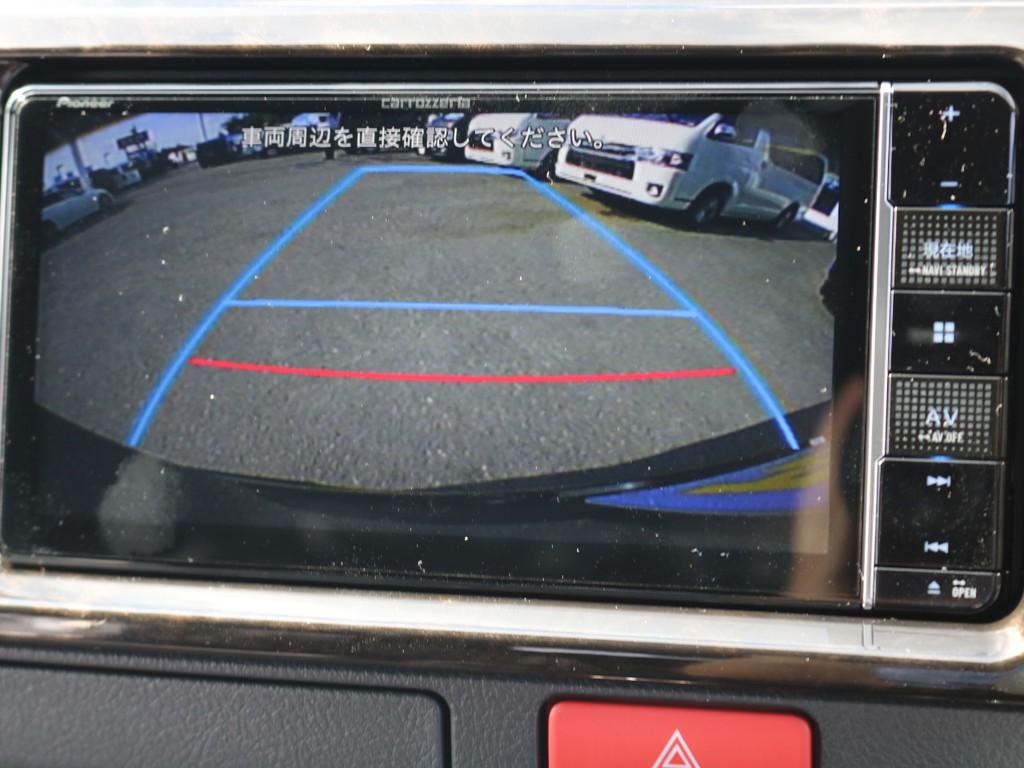 走行中の操作、DVD再生、Bluetooth接続も可能♪