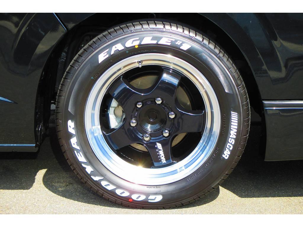 足元をキメるのは大人気のWORK製S1HC!17インチホワイトレターでカッコいいですねっ♪ | トヨタ ハイエースバン 2.0 スーパーGL ロング ベッドキットナビパッケージ車