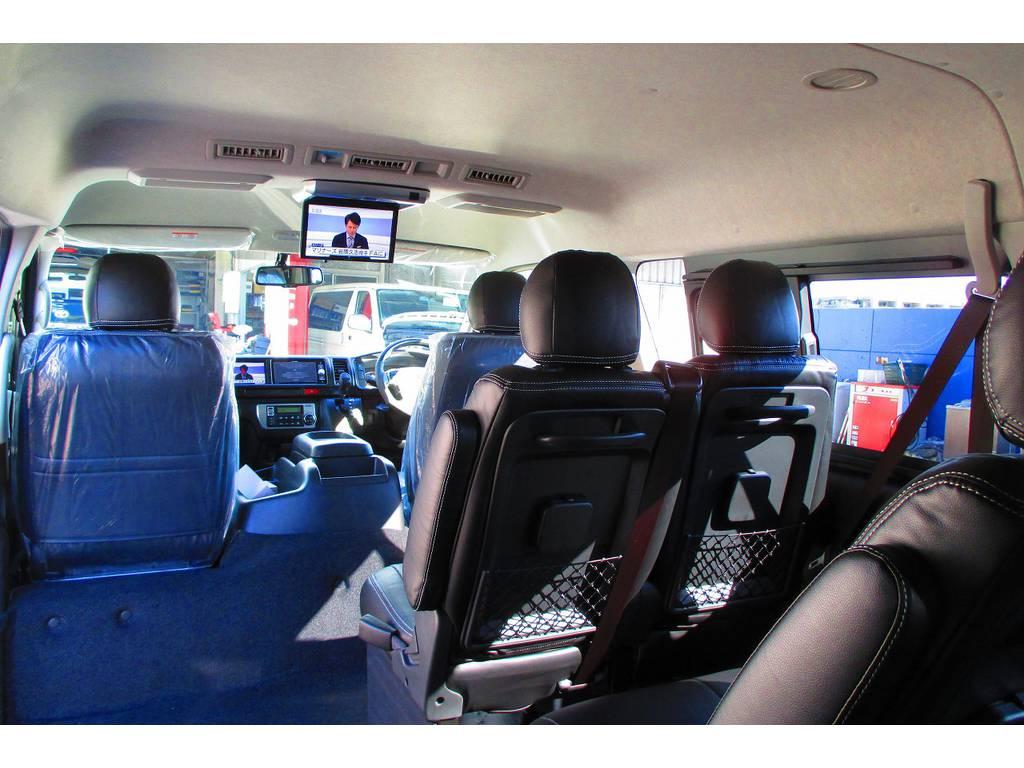 まるでマイクロバスのような空間ですねっ♪ゆったり乗ってお出かけしてみませんかっ!!! | トヨタ ハイエース 2.7 GL ロング ミドルルーフ Heartsフルエアロトリプルモニター