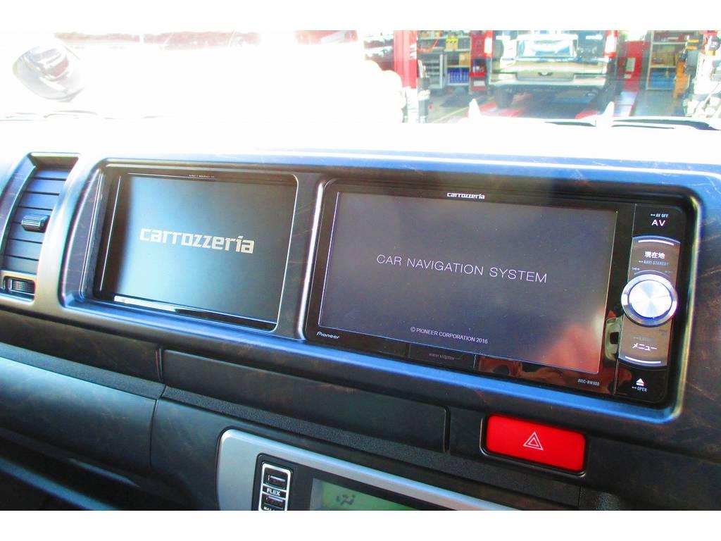 もちろんナビも搭載済み!さらにサブモニター搭載ですのでナビとテレビが同時見れますよぉ!!!信頼のパイオニア製を採用してますよっ♪ | トヨタ ハイエース 2.7 GL ロング ミドルルーフ Heartsフルエアロトリプルモニター