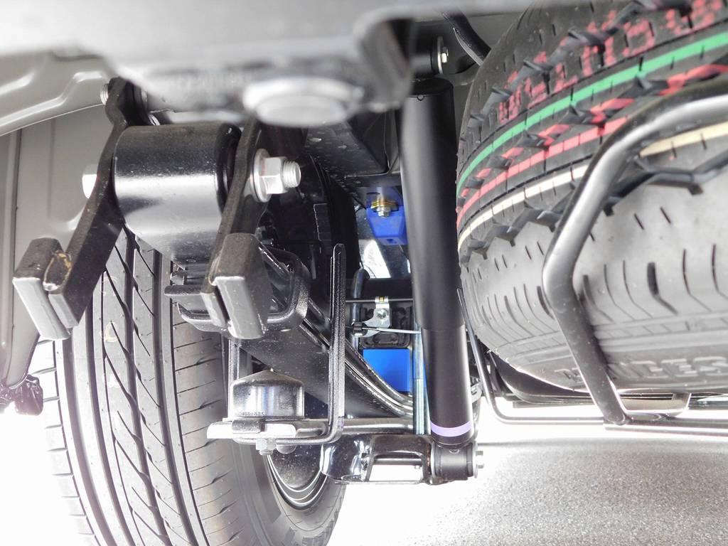 ローダウンブロックは2インチを採用!バンプ類ももちろん交換済みですよっ♪ | トヨタ ハイエースバン 2.8 スーパーGL ロング ディーゼルターボ ナビパッケージ車