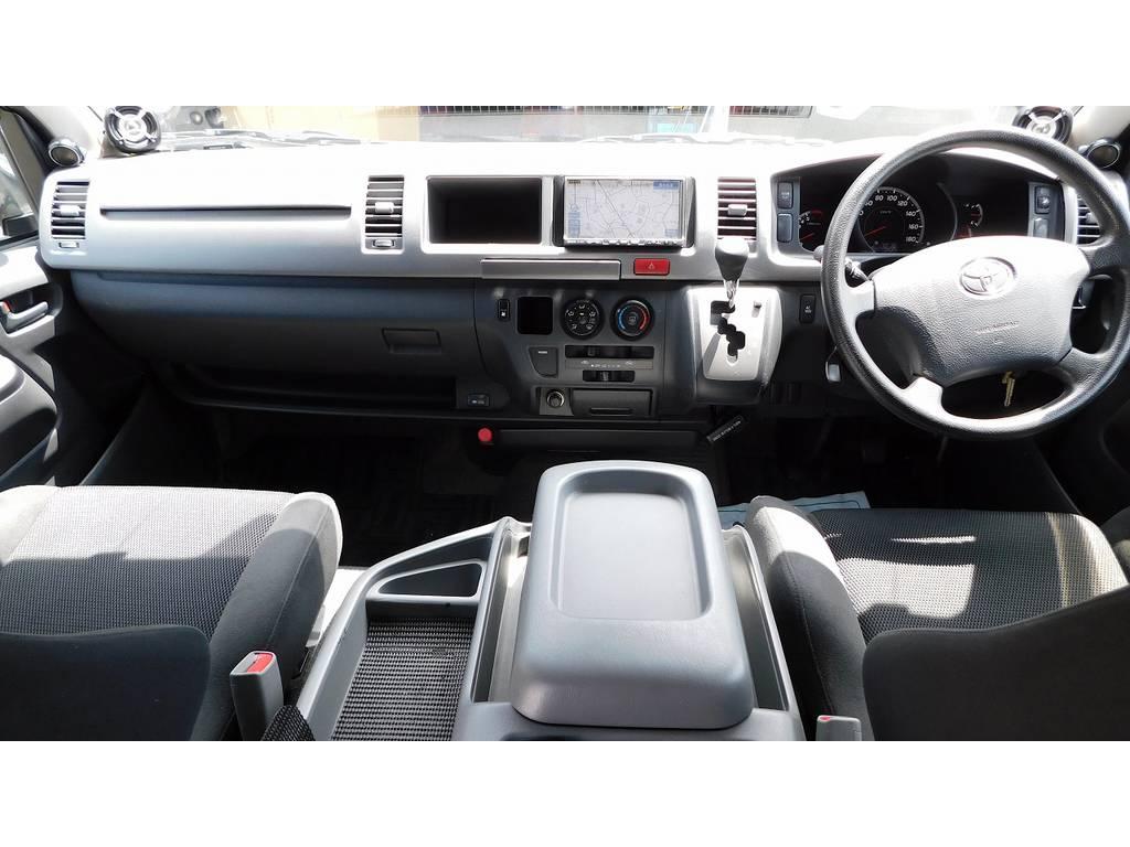 広々室内はロングドライブもゆったりドライブできますよっ♪座面も高く見切りも良いですよっ♪ | トヨタ ハイエース 2.7 GL ロング ミドルルーフ 買取り直販ヒッチメンバー付き