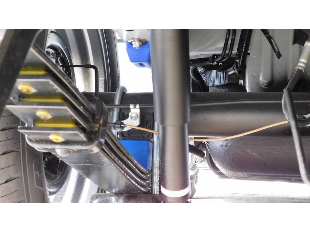 ローダウンは2インチを採用!もちろんバンプ類も変更済みですよっ♪ | トヨタ ハイエース 2.7 GL ロング ミドルルーフ 内装架装R1