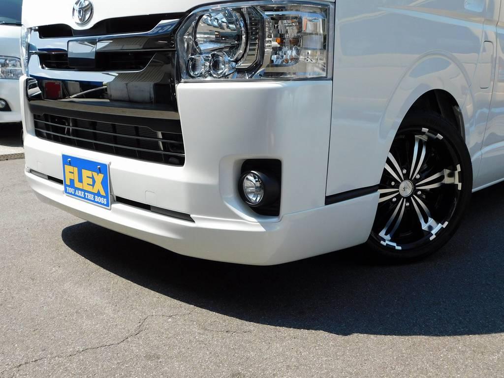 フロントリップは人気の415コブラクリーンルックⅢを装着!ゴテゴテして無くシンプルでカッコいいですねっ!!! | トヨタ ハイエースバン 2.0 スーパーGL ダークプライム ロングボディ ダークプライムカスタム