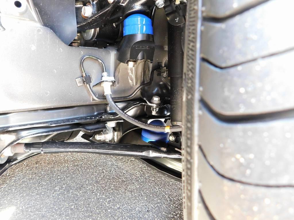 バンプ類ももちろん玄武製を装着!ローダウンブロックシステムと言ったら玄武製ですねっ♪ | トヨタ ハイエースバン 2.0 スーパーGL ロング 漆黒のレーシングカスタム