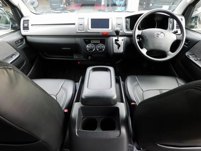 室内の状態も良好ですよっ♪座面も高くて見晴らしもグッド♪ロングドライブも楽しくなりますねっ!