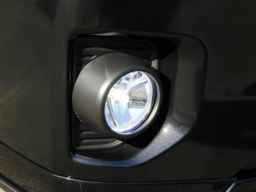 フォグランプはバレンティ製のLEDへ換装済みです!鮮烈な光で夜道も安心できます♪ | トヨタ ハイエースバン 2.0 スーパーGL ダークプライムⅡ ロングボディ 415コブラフルコンプリート車