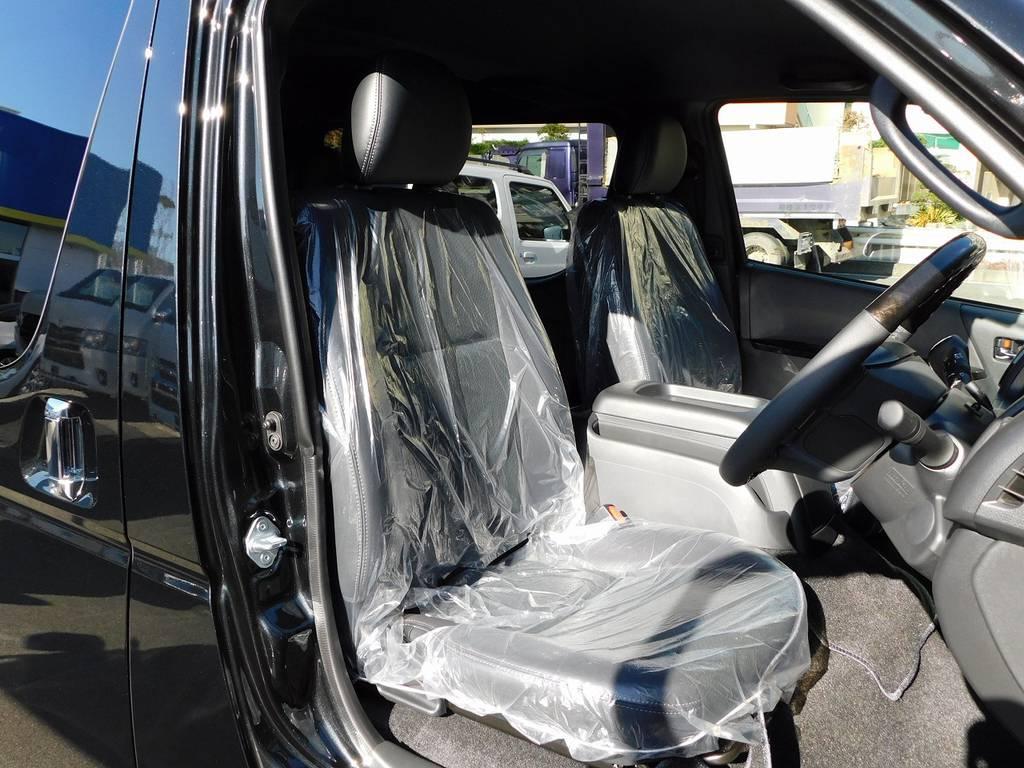 ダークプライムⅡ専用シートで高級感もありますよっ♪ | トヨタ ハイエースバン 2.0 スーパーGL ダークプライムⅡ ロングボディ 415コブラフルコンプリート車