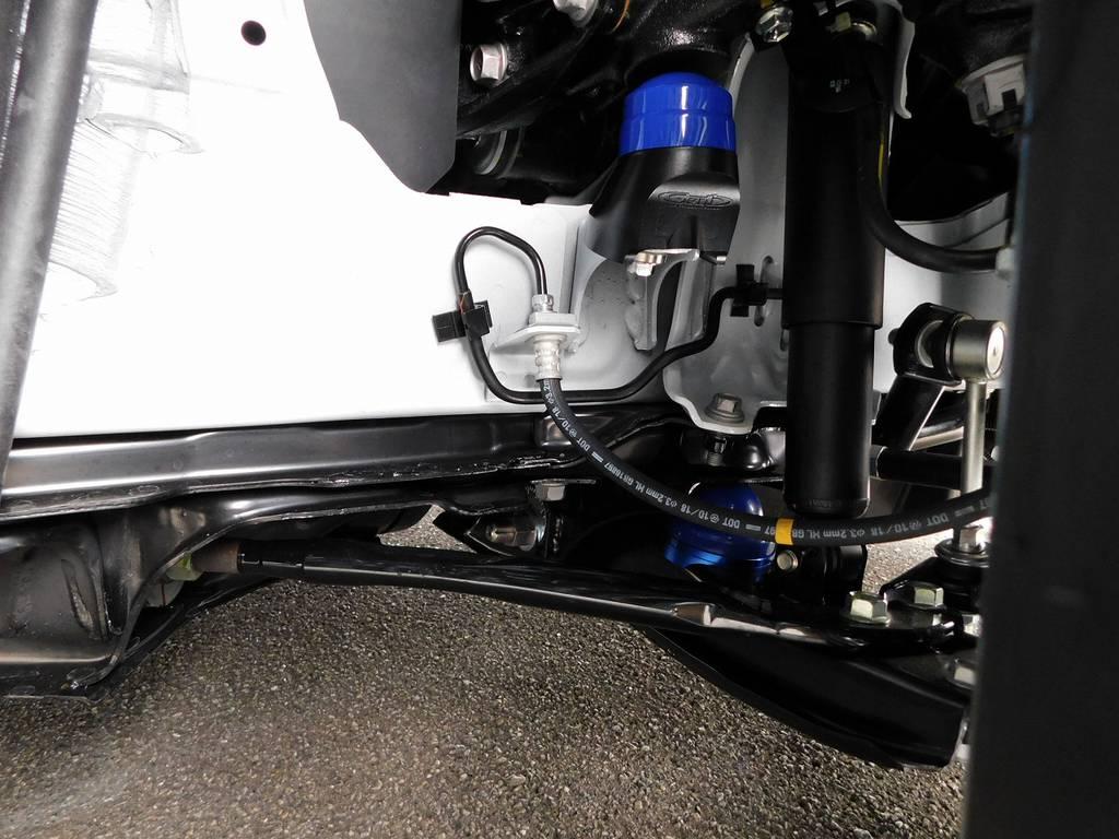 バンプ類ももちろん玄武製を採用!アジャストプレートでストロークスピードの調整も可能ですよっ♪ | トヨタ ハイエースバン 2.0 スーパーGL ダークプライムⅡ ロングボディ スタイリッシュカスタムパッケージ