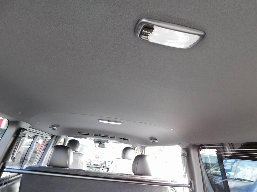 ブラック内装のダークプライムⅡ!シャープさと高級感の合わさった特別な内装です!!! | トヨタ ハイエースバン 2.8 スーパーGL ダークプライムⅡ ロングボディ ディーゼルターボ ライトカスタムパッケージ