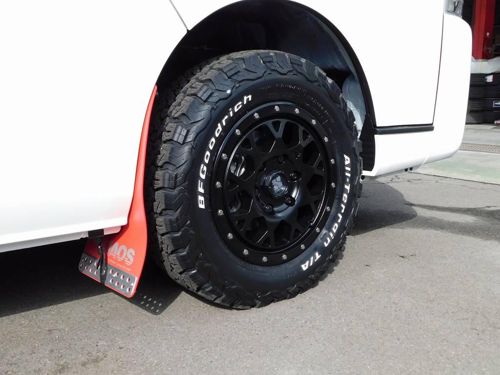 これぞ4WD!エクストリームJ・16インチアルミにBFグッドリッチオールテレンタイヤの組み合わせで悪路走行もなんのそのです!!! | トヨタ ハイエース 2.7 GL ロング ミドルルーフ 4WD アドベンチャーカスタム